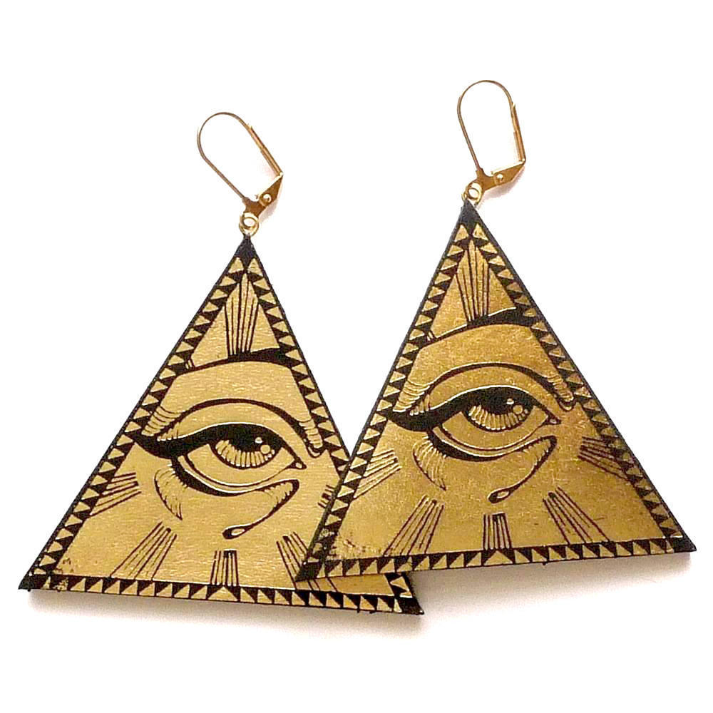 gold-leather-all-seeing-eye-pyramid-earrings_Rosita Bonita